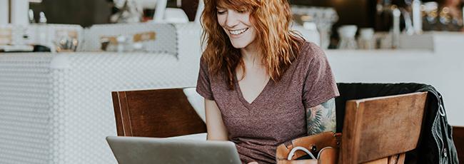 Flirte mit Singles in einem der vielen Bildkontakte Chatrooms.