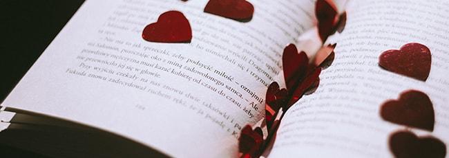 Romantische Gefühle erwecken den Poeten in dir.